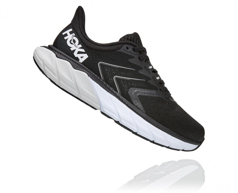 Hoka Arahi Wide 5 - נעלי ספורט נשים הוקה ארהי 5 רחבות בצבע שחור/לבן #3
