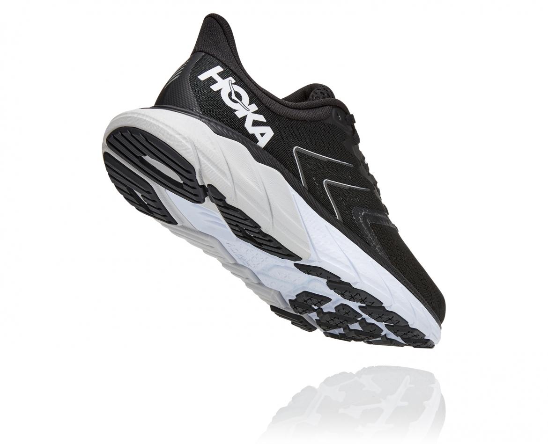 Hoka Arahi Wide 5 - נעלי ספורט נשים הוקה ארהי 5 רחבות בצבע שחור/לבן #2